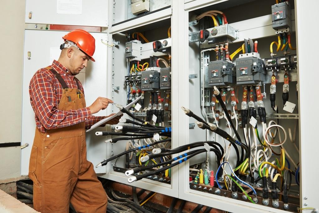 Как увеличить объем российского экспорта электрооборудования?